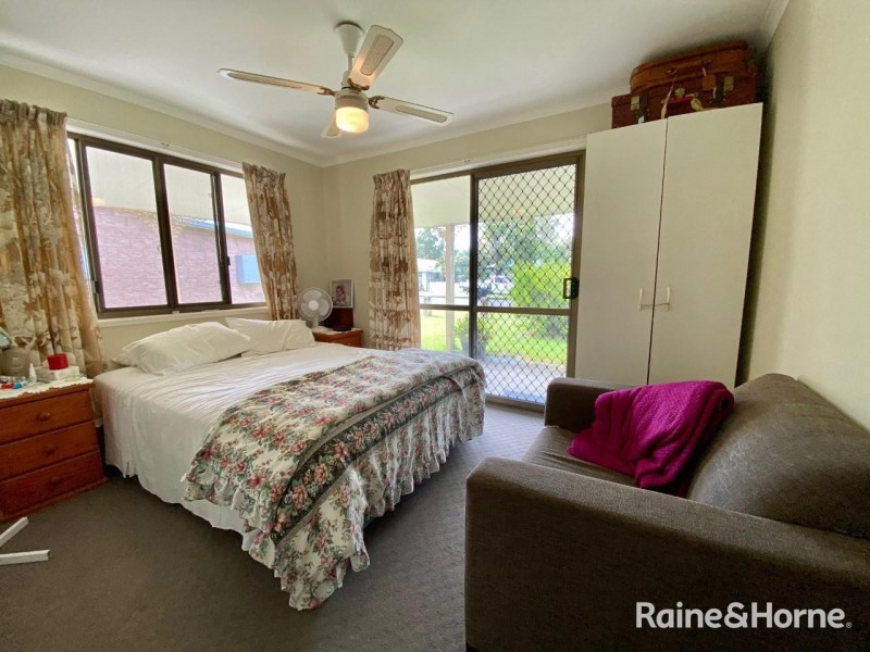 24 Mallet Street, Tin Can Bay QLD 4580