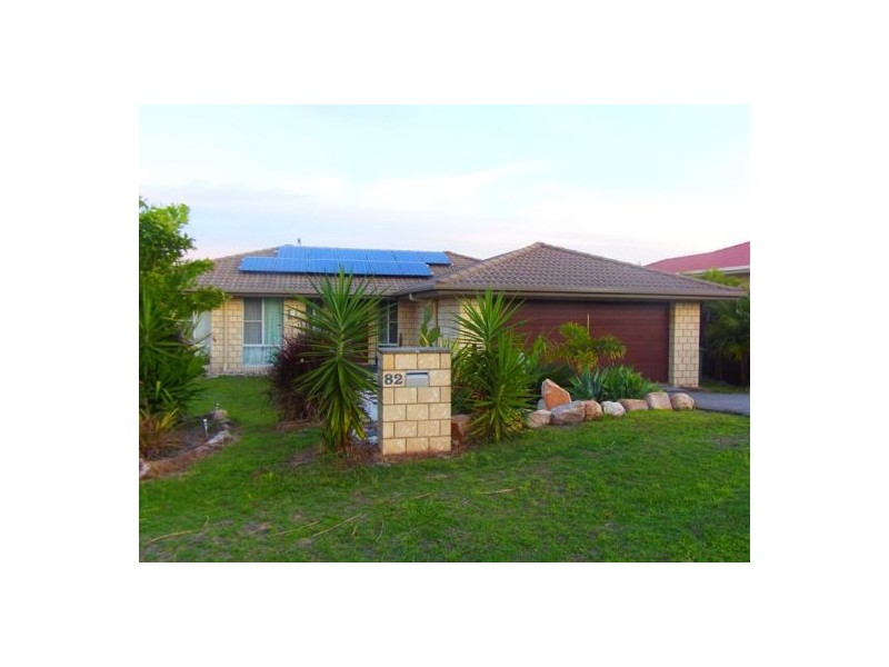 82 Gympie View Drive, Southside QLD 4570