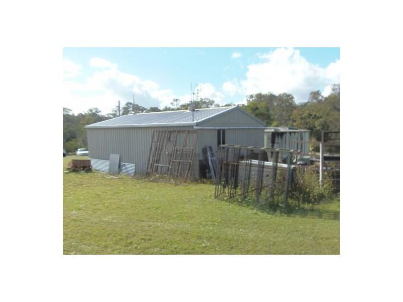 30 Gum Tree Road, Araluen QLD 4570