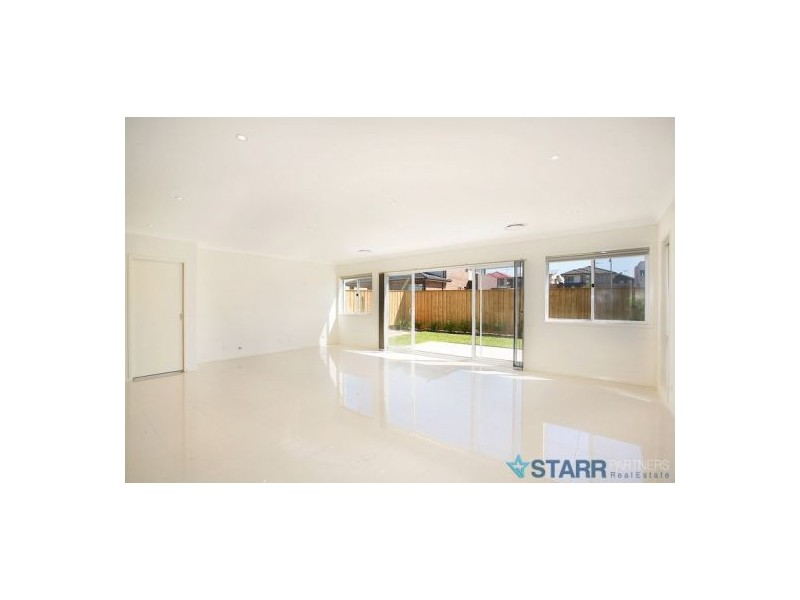 11 Morley Avenue, Pemulwuy NSW 2145