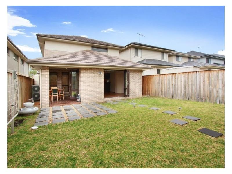 18 Griffins Avenue, Pemulwuy NSW 2145