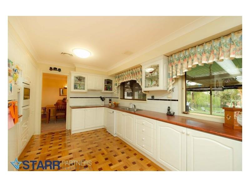 9 Durham Road, Douglas Park NSW 2569