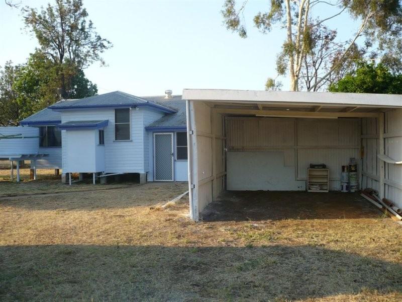 8 Goldston Street, Alpha QLD 4724