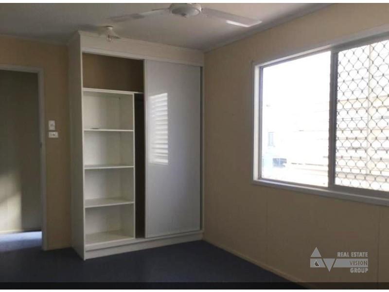 13 Fern St, Blackwater QLD 4717