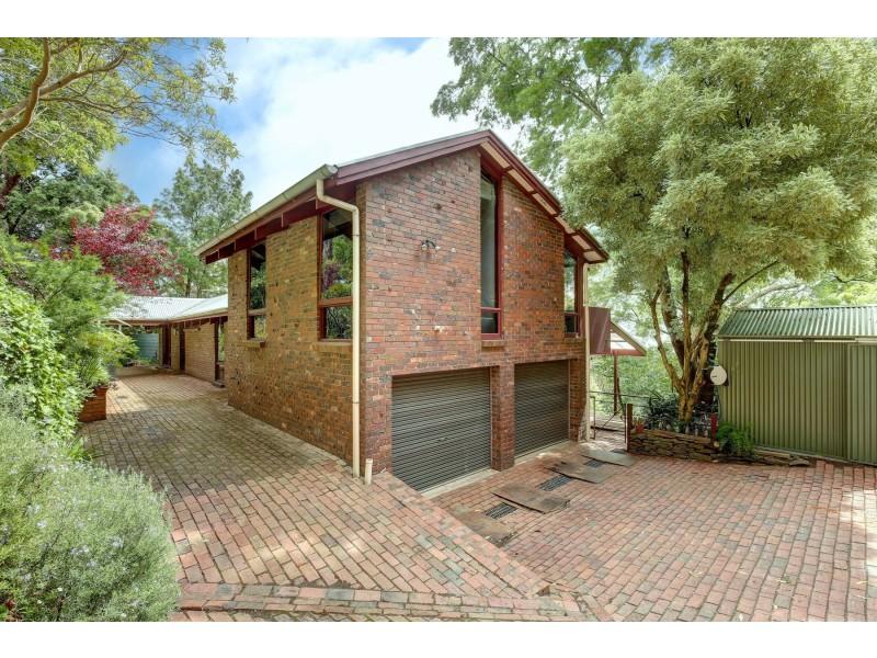 11 Summer Hill Drive, Crafers SA 5152