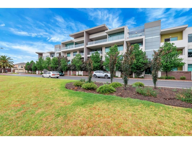 15/1 Burt Avenue, Findon SA 5023