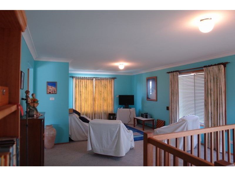 74 Hillcrest Avenue, Tacoma NSW 2259