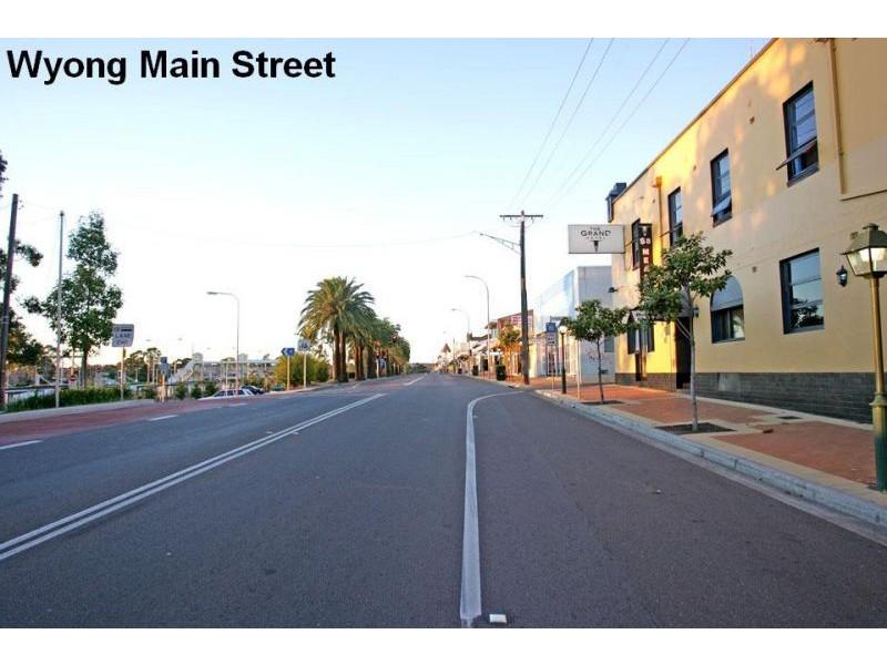16 (Lots 5 & D) North Road, Wyong NSW 2259