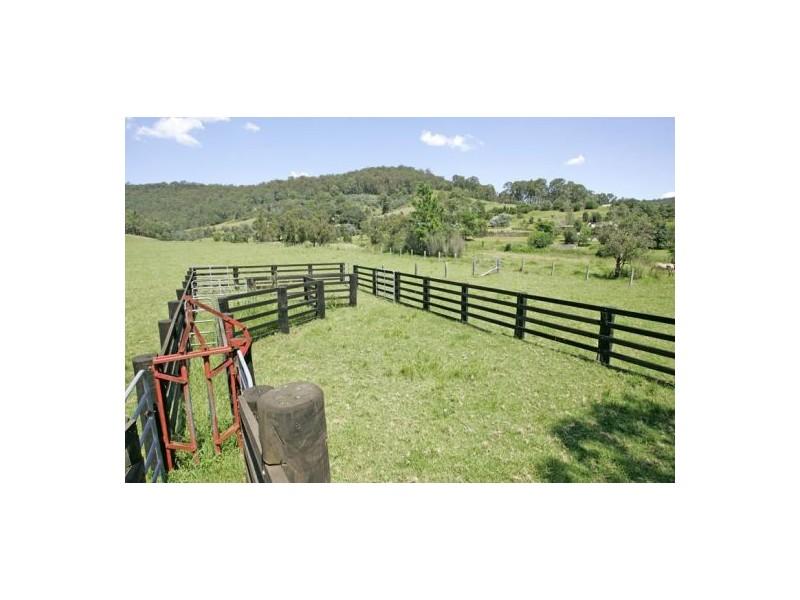 90   Lauffs Lane, Wyong Creek NSW 2259