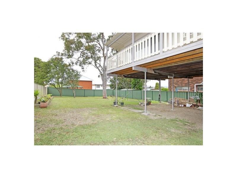 65 Arlington Street, Gorokan NSW 2263