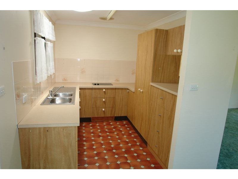 5 Rossmore Close, Alison NSW 2259