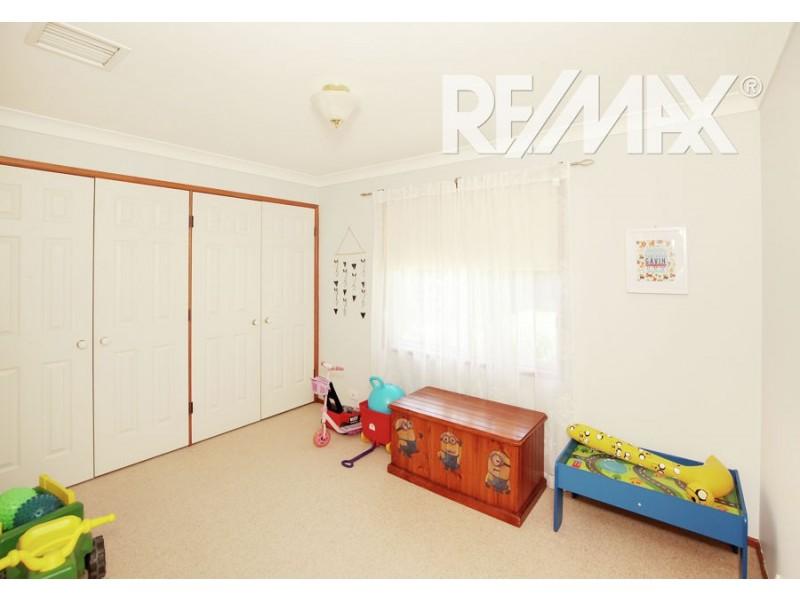 13 Morshead Street, Ashmont NSW 2650