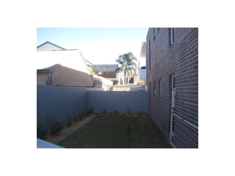 1 Corallie, Abbotsford NSW 2046