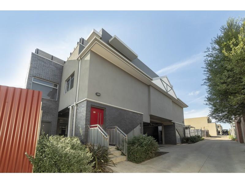 101/305 Buckley Street, Aberfeldie VIC 3040