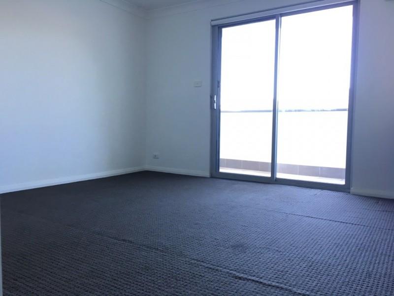 1/6 Bridge street, Tempe NSW 2044