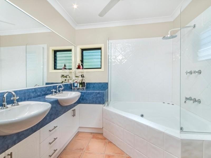 51 Robson Street, Mooroobool QLD 4870