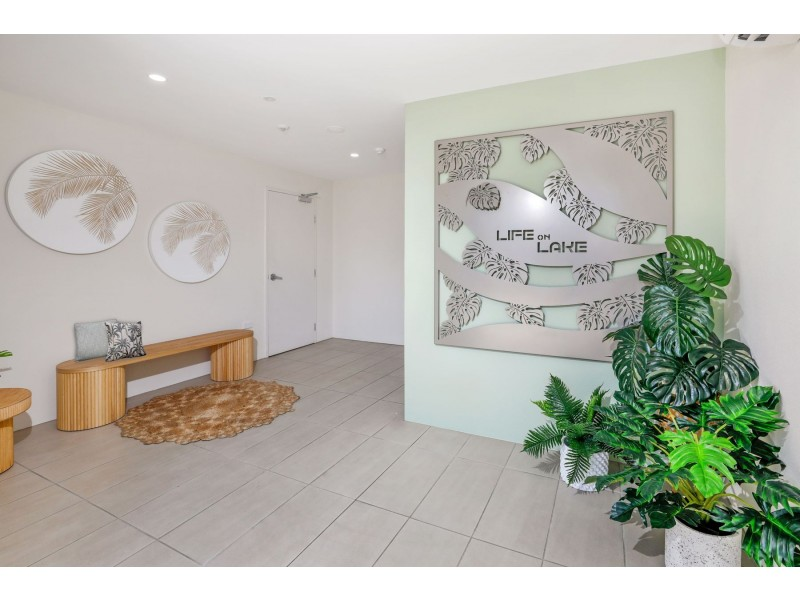 10/289-291 Lake Street, Cairns North QLD 4870