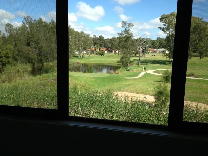 10/5 Stonebridge Drive, Cessnock NSW 2325