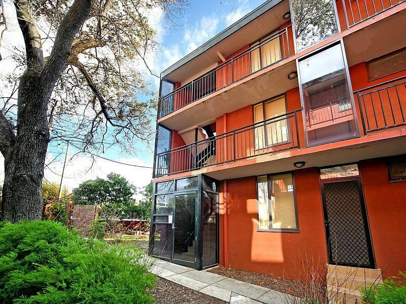 2/69 Caroll Crescent, Glen Iris VIC 3146
