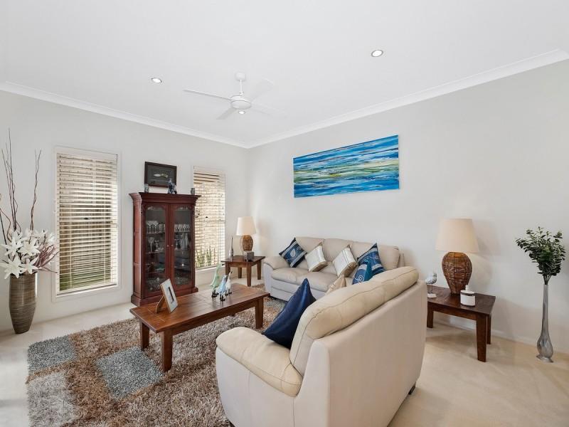 5 Avia Avenue, Erina NSW 2250