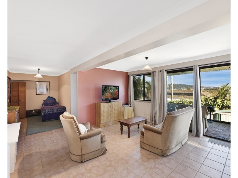 34 Treeview Place, Saratoga NSW 2251
