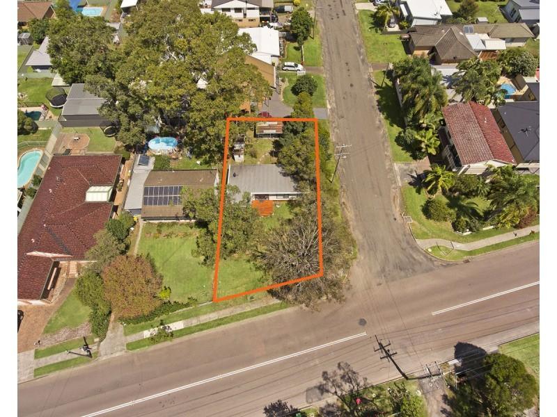 240 Lakedge Avenue, Berkeley Vale NSW 2261