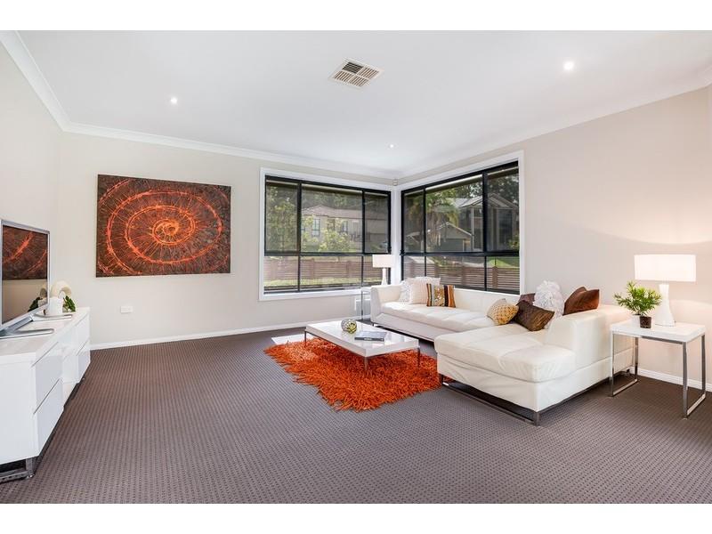 17 Bannister Drive, Erina NSW 2250