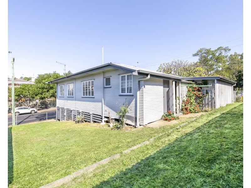 45 Darling Street, Woodend QLD 4305