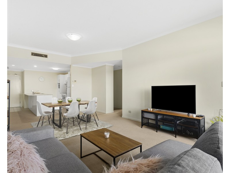 206/1 Kingsmill Street, Chermside QLD 4032