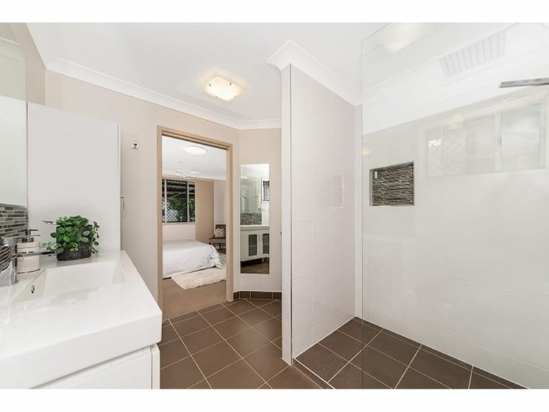 5 Brett Street, Cranbrook QLD 4814