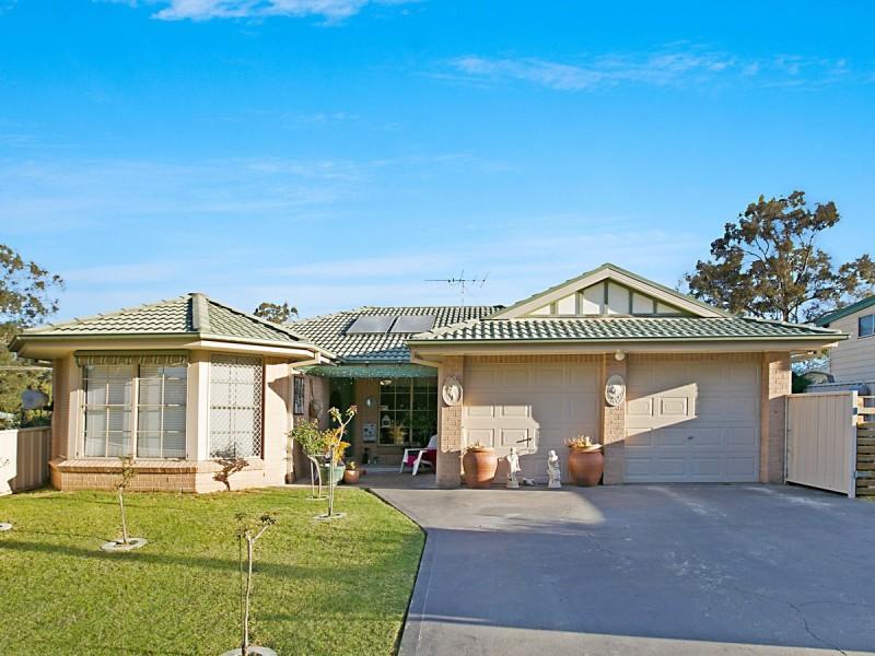 18 Bruce Street, Abernethy NSW 2325
