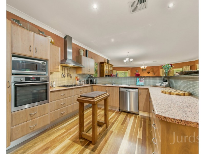 857 Sandy Creek Road, Quorrobolong NSW 2325
