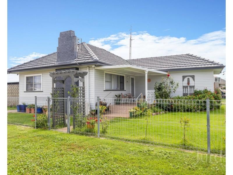 30 Barrett Avenue, Cessnock NSW 2325