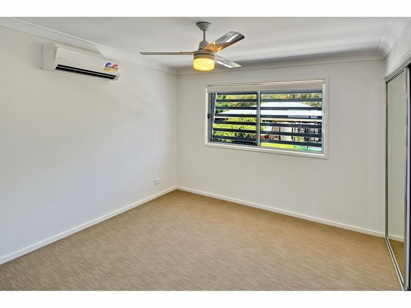 33/17 Greensboro Place, Little Mountain QLD 4551