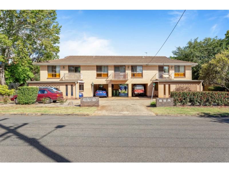 2/30 French Street, East Toowoomba QLD 4350