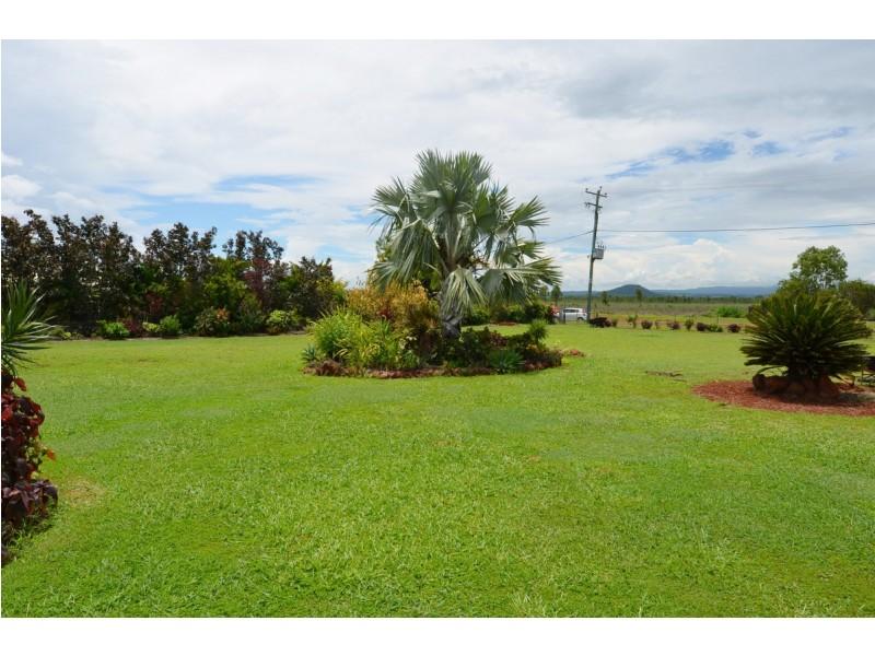 35 Dean Circuit, Mareeba QLD 4880