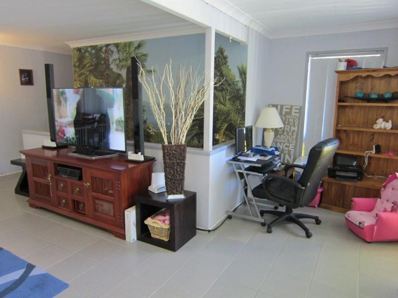 25 Lance Drive, Flinders View QLD 4305
