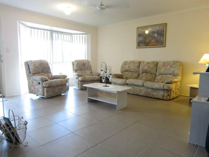40 Jonquil Circuit, Flinders View QLD 4305