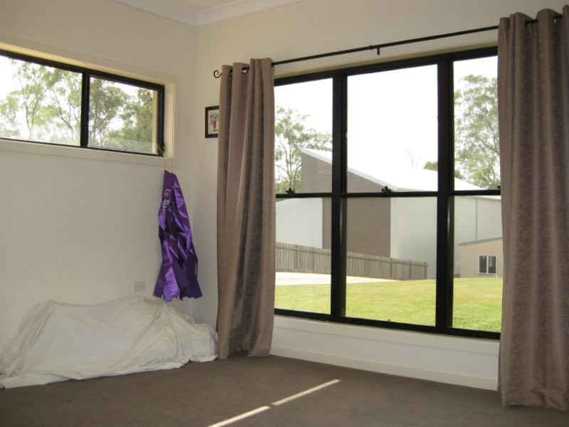 100 Winland Drive, Deebing Heights QLD 4306