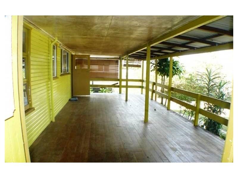 26 Emerald Street, Brassall QLD 4305