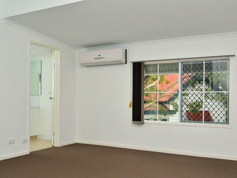 14 Brisbane Road, East Ipswich QLD 4305