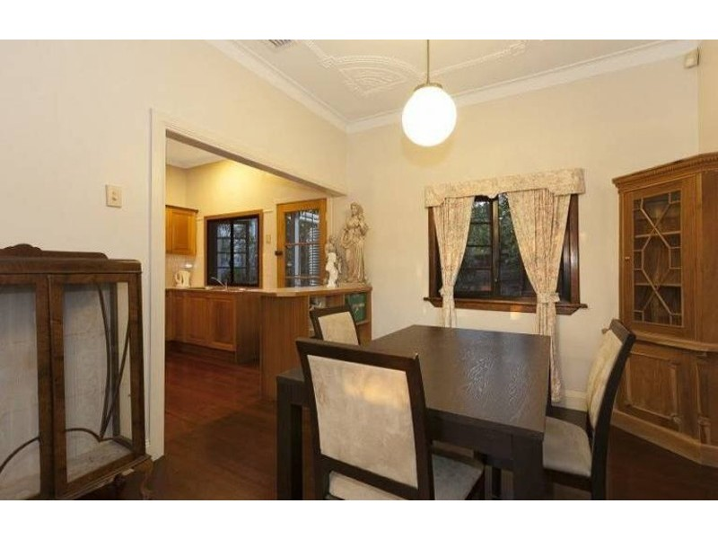 9 Colston Road, Grange QLD 4051