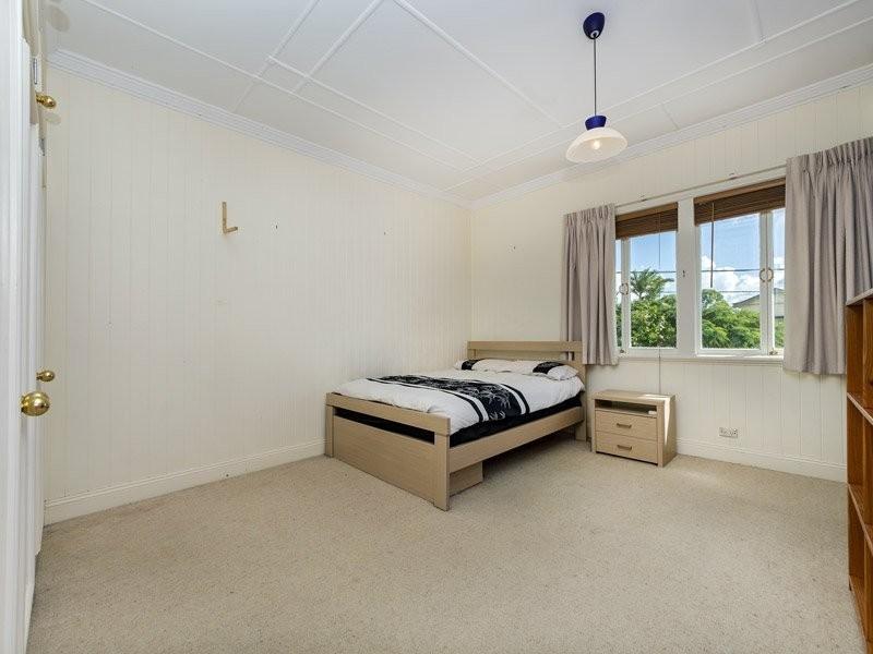 31 Jean Street, Grange QLD 4051