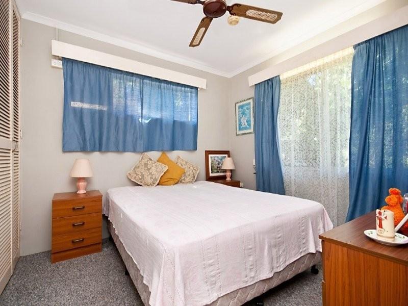303 McCoombe Street, Mooroobool QLD 4870