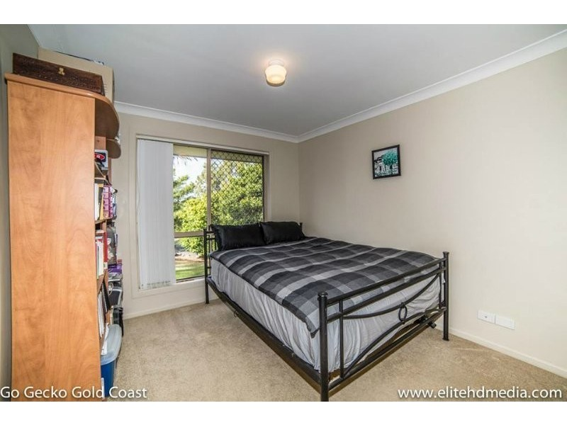 5 Merewether Court, Highland Park QLD 4211