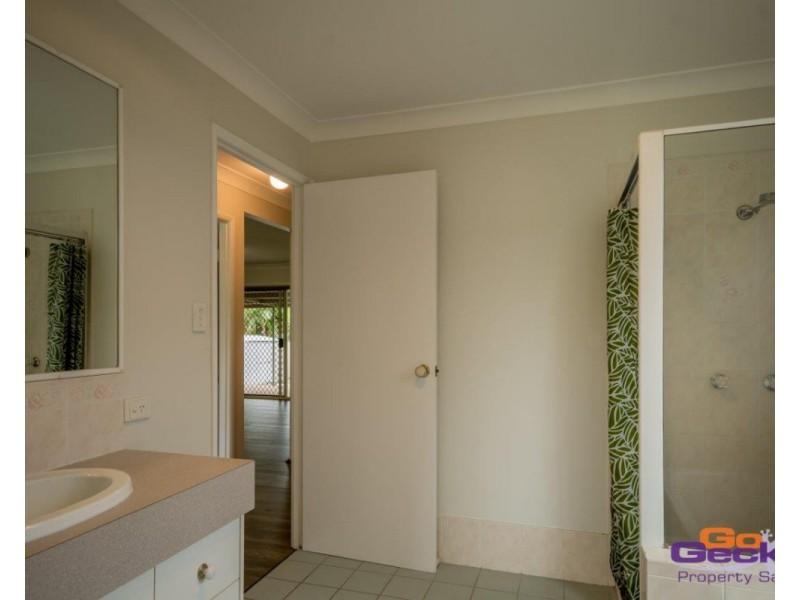 8 Bankswood Court, Camira QLD 4300