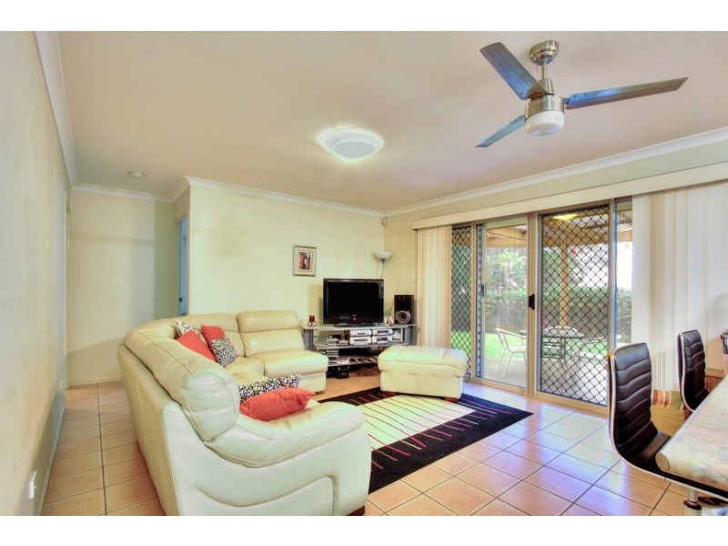 6/8 John Paul Drive, Daisy Hill QLD 4127