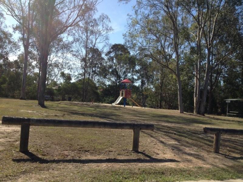 22 Village Drive, Daisy Hill QLD 4127