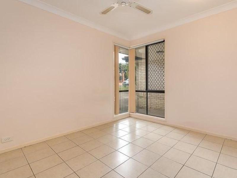 21 Gumleaf Drive, Molendinar QLD 4214