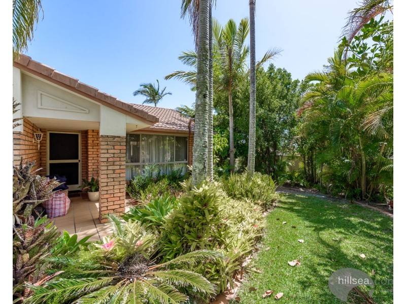 3 Putter Place, Arundel QLD 4214